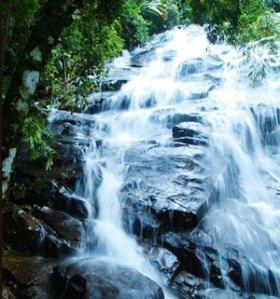 seperti sungai, hidup mengalir...
